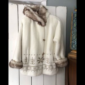 Faux fur beautiful hooded coat